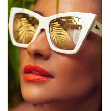 Quay Vesper Sunglasses in White
