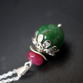 Flower Design Emerald Jade Necklace - Green Jade Pendant - Natural Jade