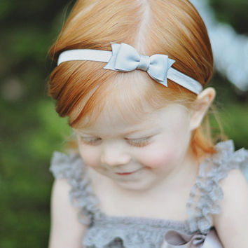 Gray Bow Headband. Small Gray Hair Bow Headband. Baby Hair Accessories. Baby Girls Hair Accessories. Grey Baby Headband. Gray Bow Headband