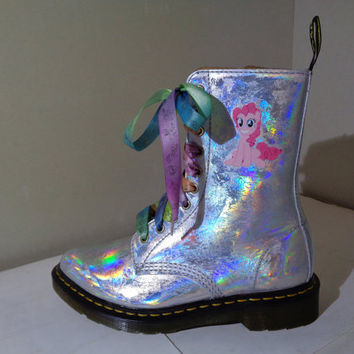 kawaii punk scene fashion hologram boots pinkie pie with rainbow lashes