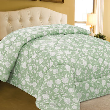 """VIP Treatment Collection King Size Verde Pasto Printed Microfiber Comforter (102"""" x 86"""")"""