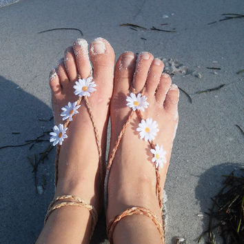 Barefoot sandals. festival, boho sandals, barefoot sandles, crochet barefoot sandals, anklet, hippie, daisy, flower, beach wedding
