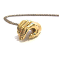 verameat | lady hand necklace in brass