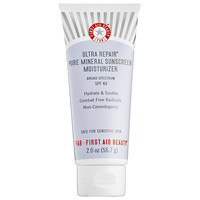 First Aid Beauty Ultra Repair® Pure Mineral Sunscreen Moisturizer Broad Spectrum SPF 40 (2 oz)