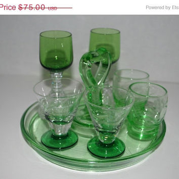 33% off sale Vintage green glass cordial 7 piece set liquor glasses tray with 6 glasses Christmas