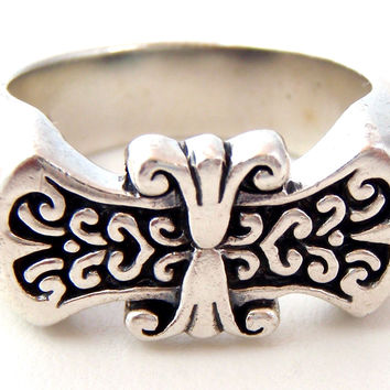 Heavy Antique Sterling Silver Ring Size 9