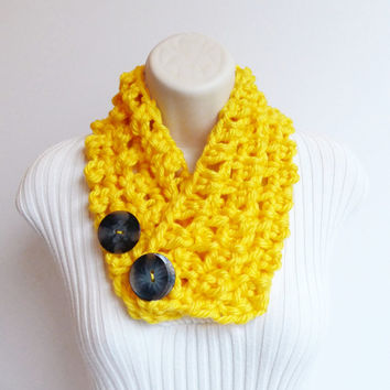 NECK WARMER SCARF. Yellow Scarflette with buttons, yellow Scarflette, Women accessories.