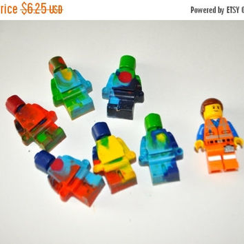 ON SALE 6 pieces Lego Minifigure recycled crayons,  2-3 piece sets, Upcycled crayon, Recycled crayon, Lego minifigures crayons, Lego party f