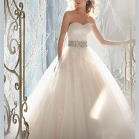 White Ball Sweetheart Beading Lace Tulle 2013 Wedding Dress IWD0217 -Shop offer 2013 wedding dresses,prom dresses,party dresses for girls on sale. #Category#
