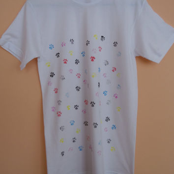 Hand Painted T Shirts,Hand Stamped Animal Paws Tshirt,Lovely Paws T shirts ,Creative Design,Cat paws,Dog paw