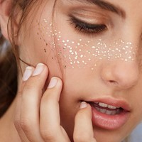 1 X Gold Face Temporary Tattoos Non-toxic And Waterproof Tattoo Glitter Makeup Women Wedding Party Decoration Supply