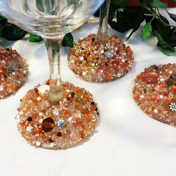 Fun Flowers Wine Glasses, Decorated Wine Glasses, Beaded Wine Glasses, Decorated Glasses, Embellished Glasses, Wedding Glasses, Wine Glasses