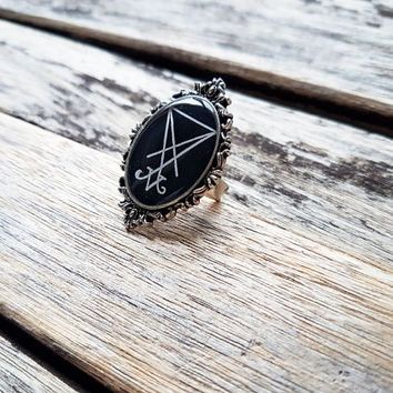 Sigil of Lucifer (Seal of Satan) Adjustable Ring - Handmade Cameo Ring - Goth - Gothic - Baroque - Horror - Halloween - Victorian -Edwardian