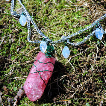 Faerie Dangling Chain Quartz Necklace