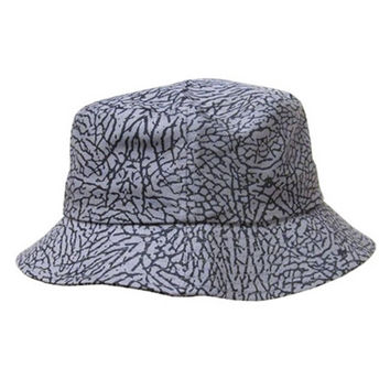 Cracked Bucket Hat in Gray
