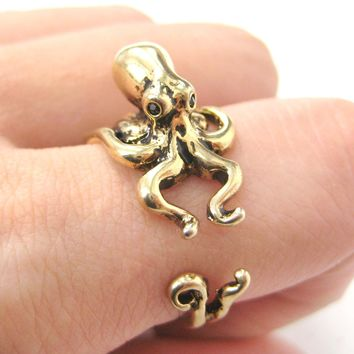 Octopus Squid Sea Animal Wrap Around Hug Ring in Shiny Gold | US Size 4 to 9