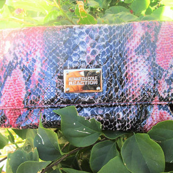 Kenneth Cole Reaction Foldover Clutch Wallet Pink Gray Patent Leather Snakeskin Design Vintage Gift for Her