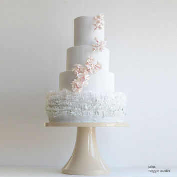 Nude Wedding Cake Stand