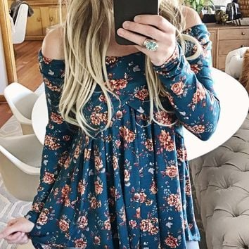 Crescent Flower Top in Teal