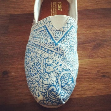 Custom Painted Toms by allisonayers on Etsy