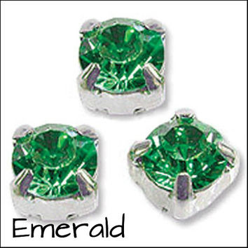 GREEN SELECTION Pack of 50 Rhinestone/Diamante/Crystal Sew On Round (5mm) - Accessories, Cakes, Bouquets, Jewellery, Costume!