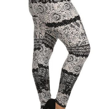 Plus Size Black Lace Print Leggings