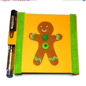 CIJ SALE Yellow and Green Gingerbread Man Post it Note Holder with Pen
