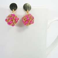 Wire ball earrings with pearlescent hot pink beads/ gold plated earrings love knot