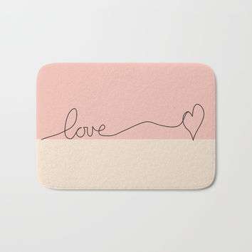 Love en Rose Bath Mat by Mirimo