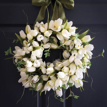 White Tulips with Ivy Wreath - Spring Wreath - WREATHS - Wedding Decoration -  Door Wreath - Front Door Wreath - Housewarming Gift Ideas