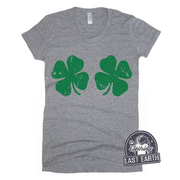 Lucky Shamrock Shirt Womens St Patricks Day Shirt Womens Graphic Tees Drinking Shirt St Pattys Day Shirt Funny Tshirts Lucky 4 Leaf Clover