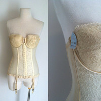 Vintage 1960s Corset Bustier / Hollywood Vasserette / MERRY WIDOW / Cream Lace and Nylon Corset Bustier /