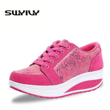 PU Solid Color 5CM Wedges Height Increased Women Toning Shoes Lacing Breathable Gold Flower Printed Women Swing Sneakers