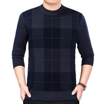 Mens Plaid Pattern Fall Winter Warm Knitted Round Neck Long Sleeve Casual Sweater