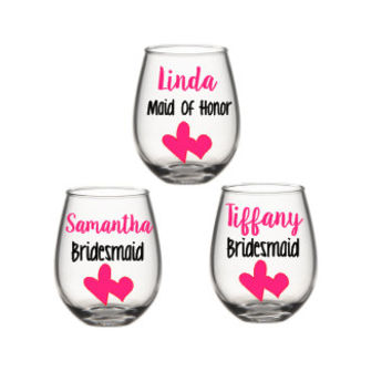 Bridesmaid Wine Glass, Bridesmaid Wine Glasses, Bridesmaid Gift, Bridal Party Gift, Personalized Bridesmaid Wine Glass