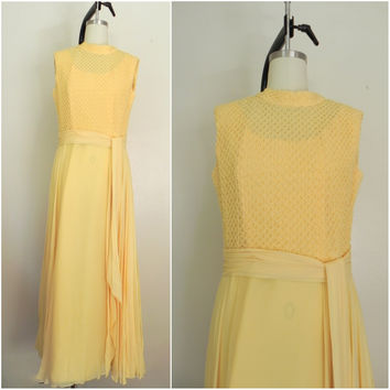 Vintage 1970s Yellow Sleeveless Dress