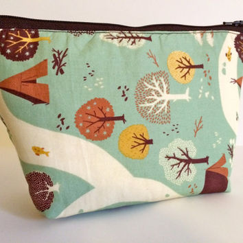 Teepee Trail Cosmetic Bag Makeup Bag Gadget Bag