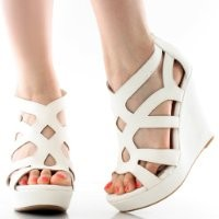 Top Moda Ella-15 Platform Sandals, White Pu, 5