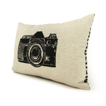 Camera pillow, Decorative throw pillow, lumbar pillow cover, Geekery - Black vintage camera on natural canvas and geometric back in 12x18