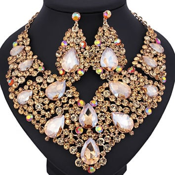 Luxurious wedding jewelry Full Crystal Rhinestone Statement Necklace and long earrings sets Dazzling Bridal party jewelry sets
