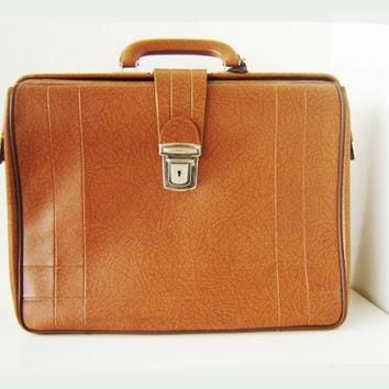 Vintage Doctors Bag, Briefcase leather bag, 1970s brown Bag, Travel Bag, lawyer bag,