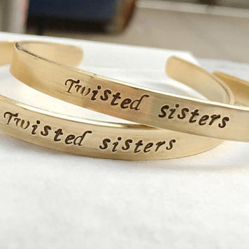 Gold Twisted sisters bracelet, Sister bracelet, Twisted sisters jewelry, Gold bracelet, personalized gold bracelet, Bridesmaid gift ideas