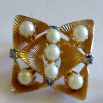 Art Deco Blue Rhinestone Faux Pearl Gold Tone Brooch Pin Costume