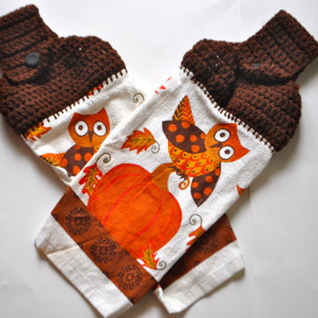 Fall Harvest Owl and Pumpkin Kitchen towel.  Crochet top kitchen button towel with Orange and brown owl and pumpkin.  Set of 2 towels