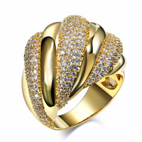 Mansaku New fashion Unique Design Dressed Deluxe 18K Gold Plated Pave setting White Cubic Zirconia Brass Rings for women