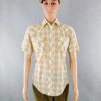 1970s Vintage / Sears Western Wear / Tan Silver Stripe Plaid Shirt / Pearl Snap / Scalloped Shoulders / Short Sleeve / Rodeo Shirt / Size M