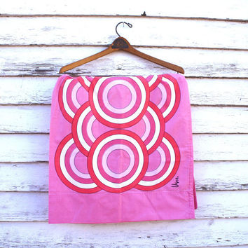Vera Pink Mod Pillowcase Circles Bullseye
