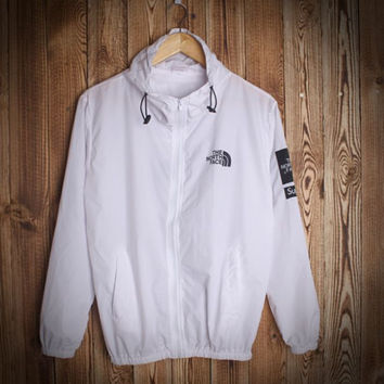 Fashion Unisex Lover's The North Face Sports Coat Windbreaker White