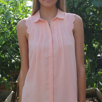 Kinsey Scalloped Top - Lt. Peach | ZOE Boutique