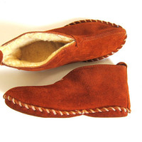 VIntage leather moccasins slippers / firesiders